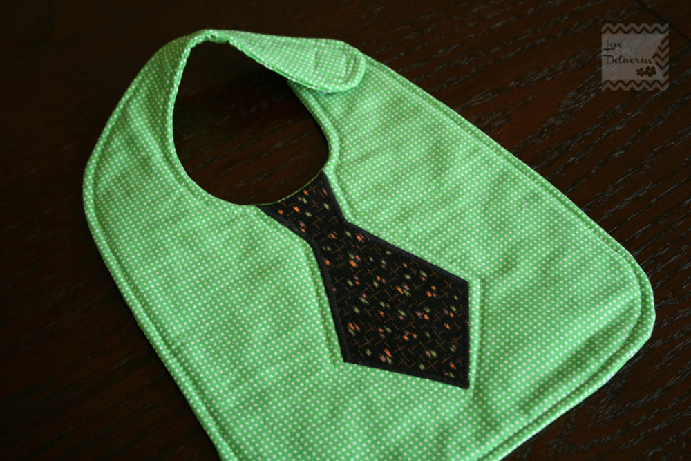 Love Deliveries: Baby Boy Tie Bib