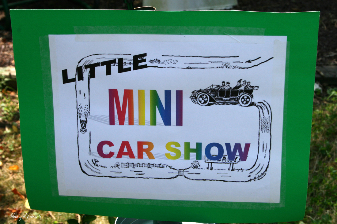 blue girl presents: madge and tom's mini car show